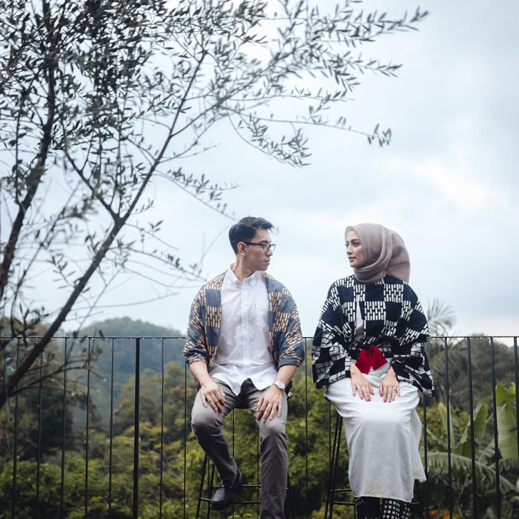 pre wedding formal outdoor