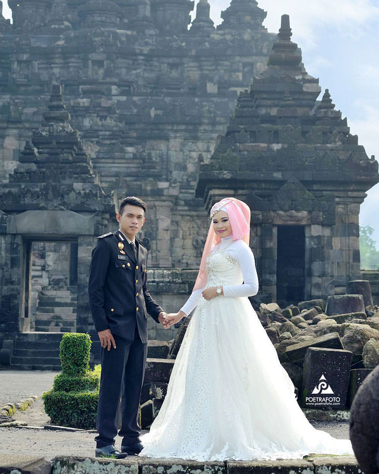 prewedding outdoor taman