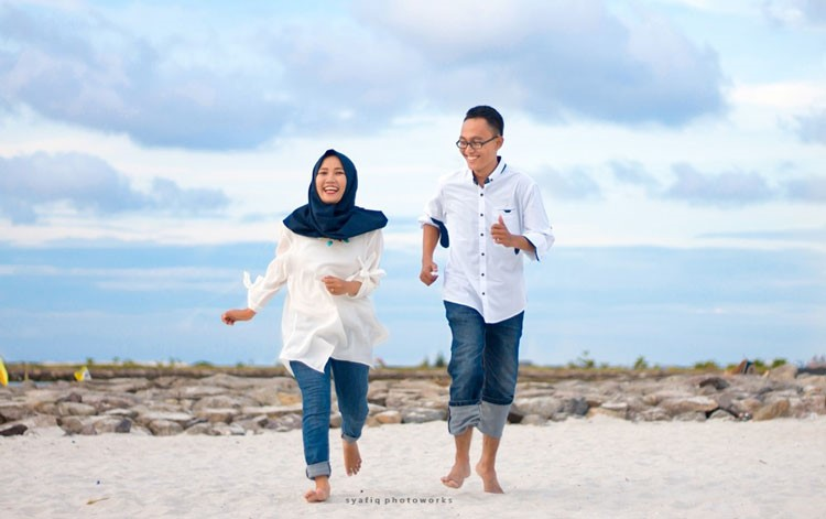 prewedding pantai pok tunggal